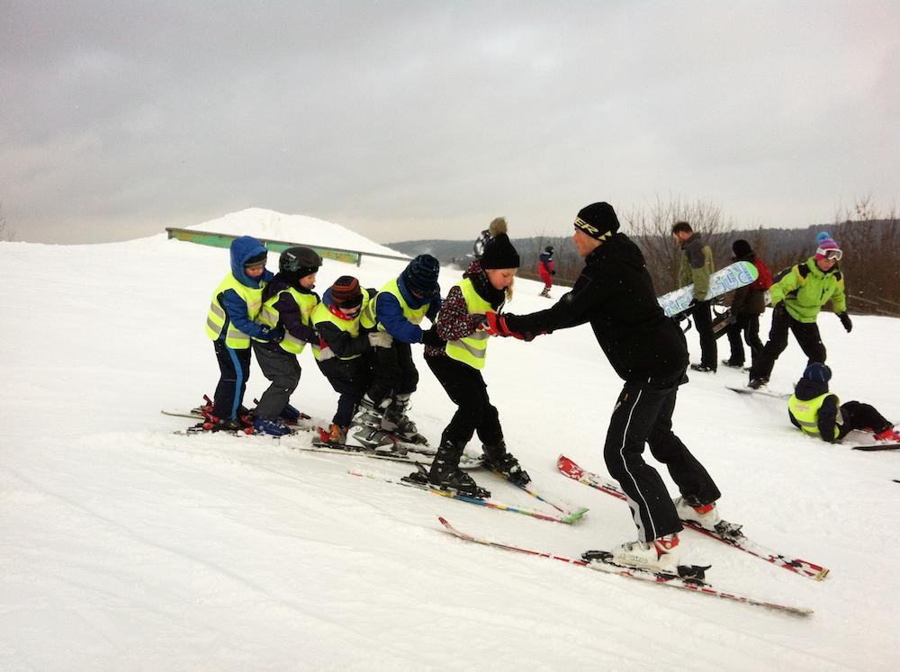 Ski holidays for beginners kids learning to ski solutioingenieria Gallery