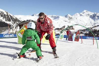 Skiing lessons for kids
